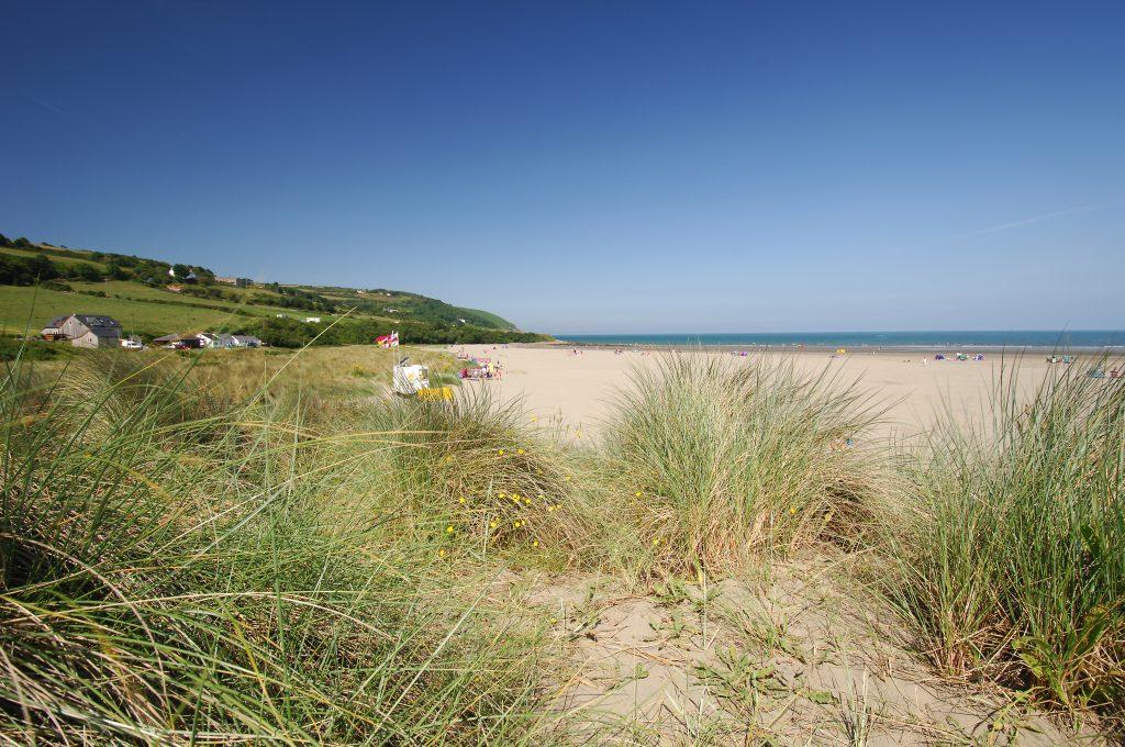 Poppit Sands sand dunes