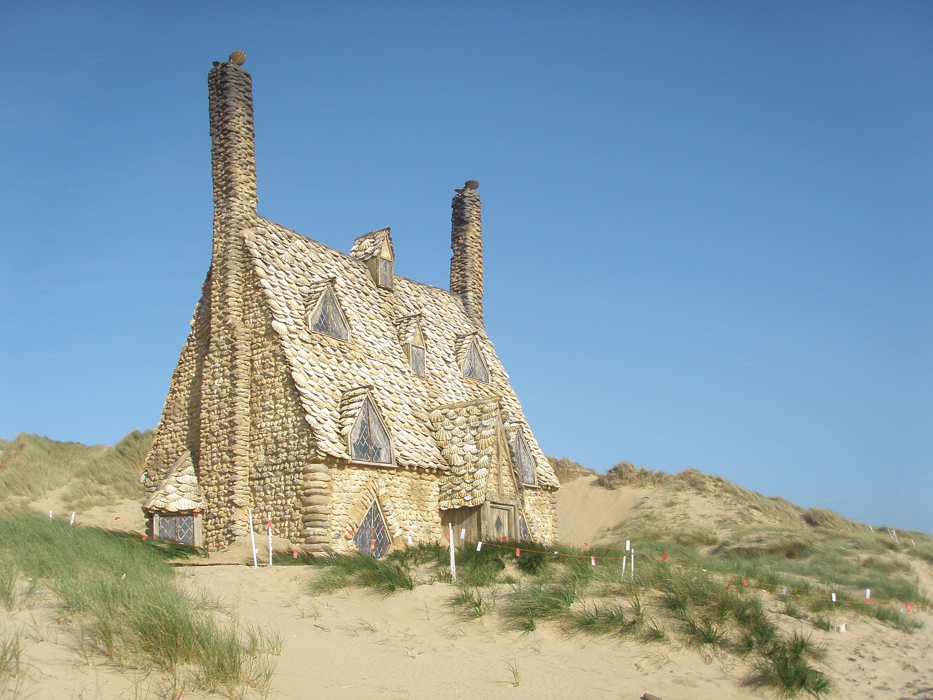 Harry Potter and the Deathly Hallows, Shell Cottage, Freshwater West