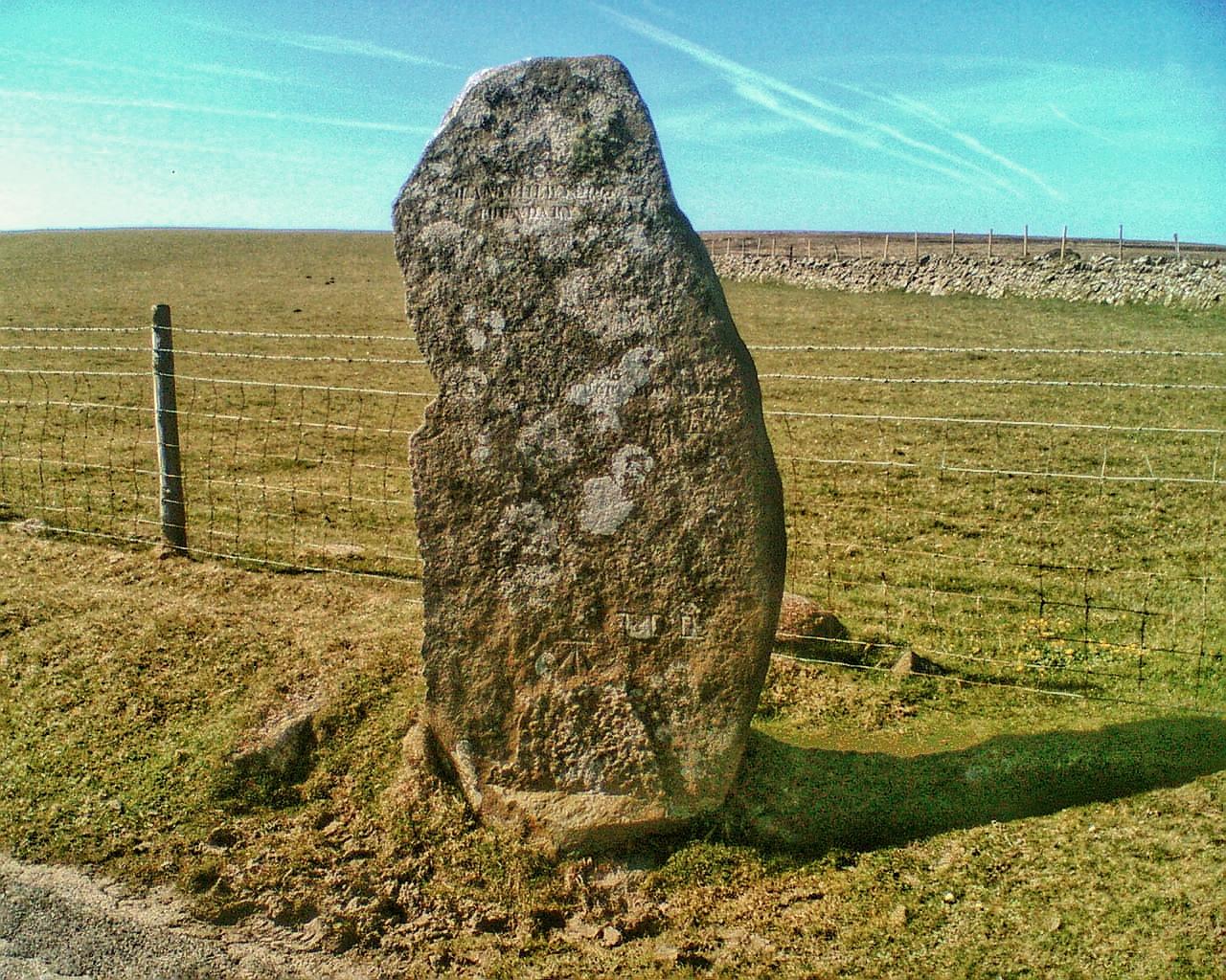Bedd Morris standing stone near Newport, Pembrokeshire
