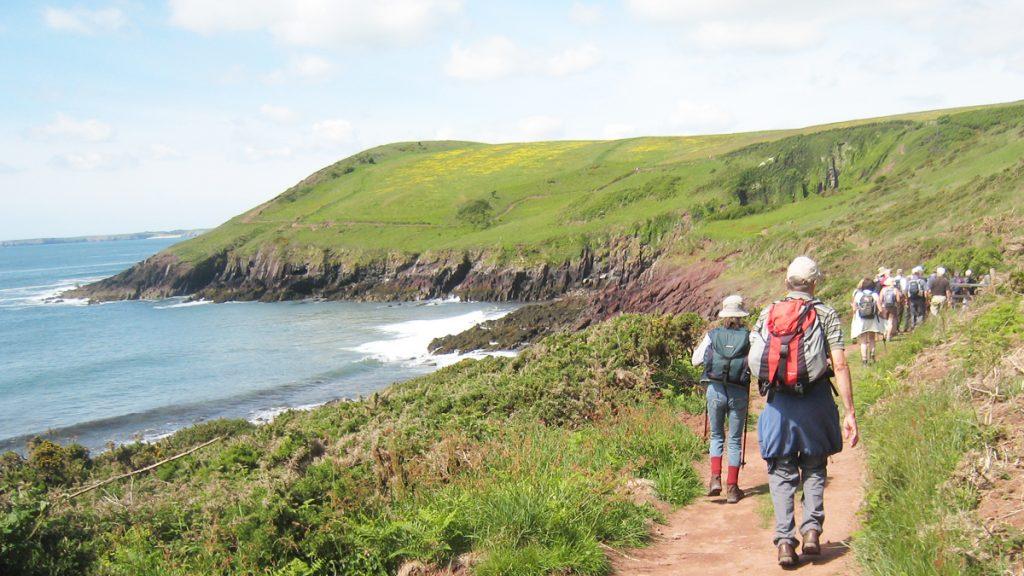 Walkers near Swanlake Bay