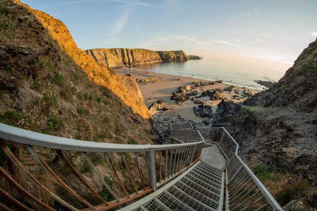 Steps down from the Pembrokeshire Coast Path National Trail to Traeth Llyfn